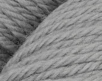 Grey Cascade 220 Yarn 220 yards 100% Peruvian Highland Wool color 8509