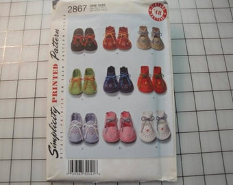 """Simplicity Pattern #2867 """"Baby Booties"""""""
