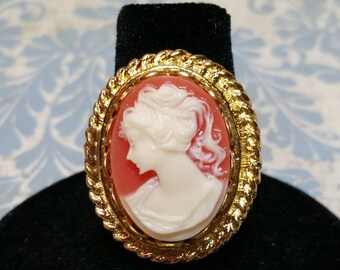 Cameo Ring, Victorian Ring, Romantic Ring, Big Cameo Ring, Antique Style, Vintage Style, Gold Finish, Costume Jewelry, Adjustable Ring