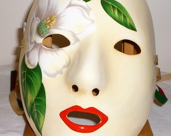 1984 Magnolia Mask Emily New Orleans Cream Colored Mint with Green Red & Beige Ribbons