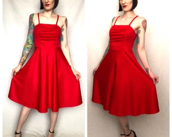 Vintage 1970's RED HOT Fit and Flare Spaghetti Strap Sun Dress - size Small