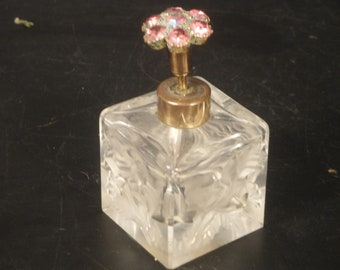 1950s Perfume Bottle Heavy Cut frosted Foliage Pink Rhinestones Top Details