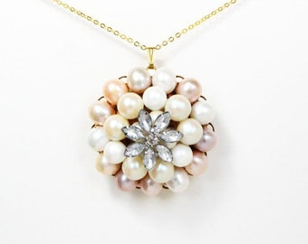 Clearance sale Vintage crystal flower blush pink and peach pearl gold necklace