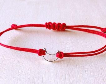 Midi Crescent Bracelet • Sterling silver bracelet • Boho bracelet • minimalist bracelet. Outline Moon Bracelet