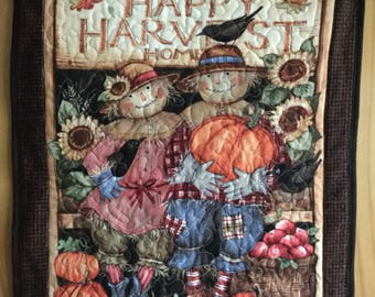 Scarecrow Wall Hanging Quilt, Quilted Scarecrow Fiber Art, Thanksgiving Wall Hanging, Fall Autumn Decor