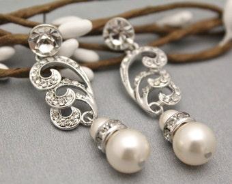 Wedding earrings brides Studs Bridal earrings pearl Chandelier Earrings Bridesmaid earrings Crystal Bridal earrings Bridesamid earring gifts