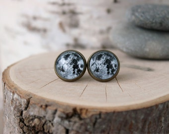 Full Moon Stud Earrings | Full Moon Jewelry | Antique Bronze Design | Space Earrings in Glass Cabochon | Space Jewelry | Zodiac and Symbols