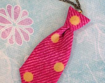 Unisex Mini Tie Pink Polka Dot Necklace Pin