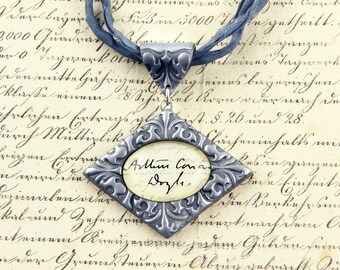 Arthur Conan Doyle - Signature Necklace - Author, Crime, Sherlock Holmes, Novelist, London, Handwriting - Silver, Gold