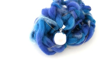 Maternity harmony ball, pregnancy jewelry gift,  handmade wool necklace, baby shower gift