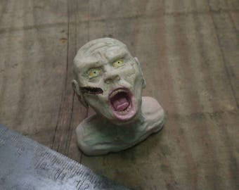 Zombie Figure from Polymerton, zombie bust, Steinbeisser, bloody, monster figure, undead, miniature bust