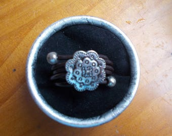 Leather flower Adjustable ring