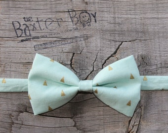 READY TO SHIP ---- Mint with Metallic Gold Triangles, bow tie for little boys - photo prop, ring bearer, wedding