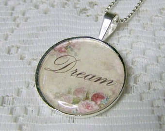 DREAM Pendant -  Round - Silver - Vintage Rose Illustration - 18kt chain