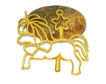 Great color carousel Unicorn charm gold 48x46mm