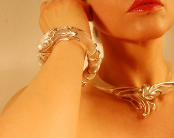 Vintage Art Nouveau Design Silver Sculptured Frosted Lucite Necklace and Bracelet Set- Unknown Designer