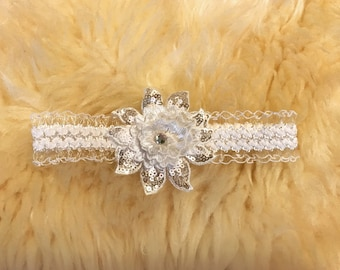 White Flower headband with sequin for newborn, babies and toddlers
