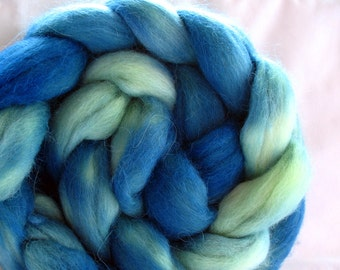 Superfine Alpaca Roving (Top) Hand Dyed (HSA640)