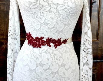 Burgundy wedding belt, burgundy sash belt, lace wedding belt, lace wedding sash, lace sash belt, burgundy bridal belt, burgundy sash