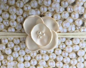 Preemie Headband, Ivory Baby Headband, Small Bows, Baby Bows, Newborn headbands, Nylon Headbands, Baby hair bows, Flower Headband