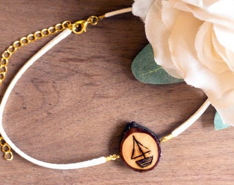 Sailboat Necklace, Sailboat Choker, Sail Boat Jewelry, Sailboat Jewelry, Small Sailboat Necklace, Dainty Necklace, Wood Slice Necklace