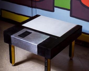 FLOPPY DISK TABLE // tavolino floppy disk