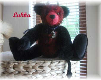 Sweet 'n' Naughty  Little Lukka  Handstitched  One-of a Kind  Steiff Mohair Teddy Bear