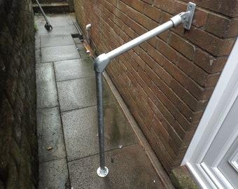 long variable handrail mobility angle 1100 x 900mm galvanised 33.7mm