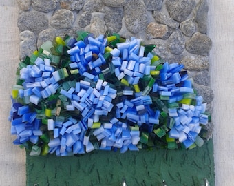 Decorative key 3D Brittany blue hydrangeas and stone wall picture