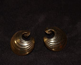 Vintage Semicircle Gold Earrings