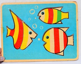 Vintage Wood Fish Puzzle Made by Montgomery Ward, Play and Learn 123 puzzle