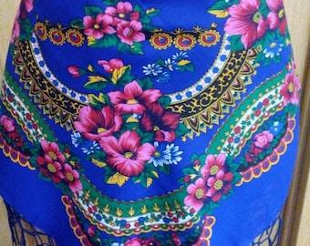 Floral scarf Wool scarf Vintage shawl Vintage ukrainian shawl Russian shawl grandmother Gift made in ussr Shawl blue Shawl floral pattern