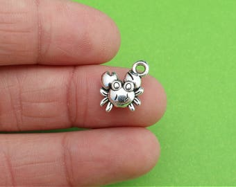 6 Tiny Crab Silver Ocean Charms (CH177)