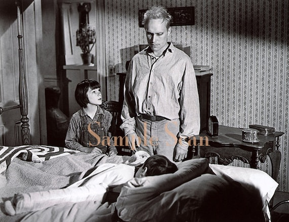 Quotes From Boo Radley With Page Numbers: Boo Radley Scout In To Kill A Mockingbird Movie Set 1962