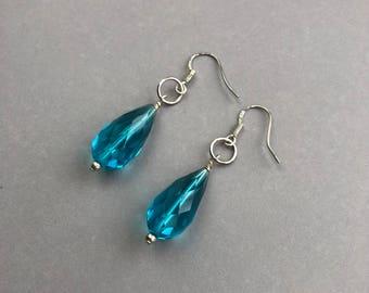 Teal Dangle Earrings, Faceted Drop Earrings, Sterling Silver Earrings, Blue Crystal Earrings, Ocean Blue Earrings, Quartz Glass Earrings