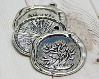 2,4 or 10pcs - 33x29mm - Tree Pendant - Tree of Life Pendant - Wax Seal Pendant - Antique Silver Pendant - Metal Pendant - (B685)