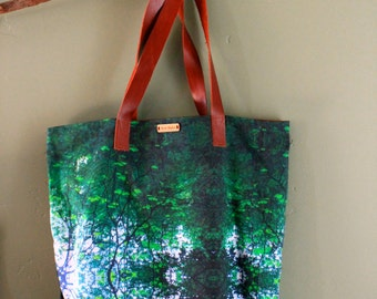 The Carry-All Tote Bag- Vines