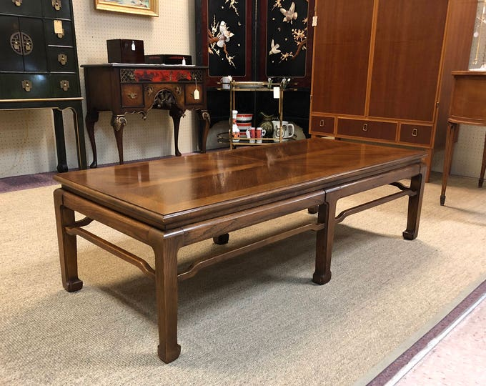 Mid Century Modern Chinoiserie Coffee Table by Thomasville, Minimalist Oriental Style
