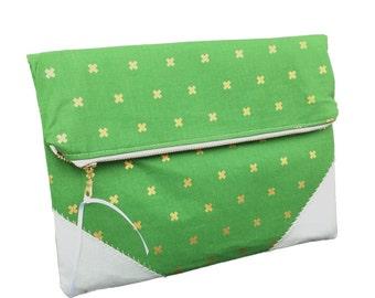 Xoxo clutch, xoxo, gold and green, zipper clutch, large wallet, strapless, wholesale clutch, unique gift idea, australian made clutch, zippy
