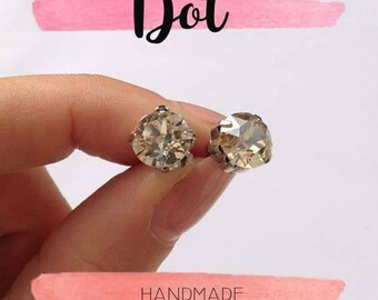 Dot Earrings with Swarowski crystals