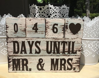 Distressed Wedding Countdown Blocks