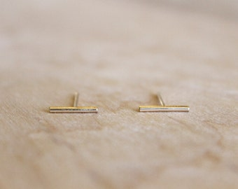 Short Line Stud Earrings - 14k Gold Fill or Sterling Silver - Parallel Lines - Minimalist Post - Thin Lines - Simple Gold Earrings -Delicate