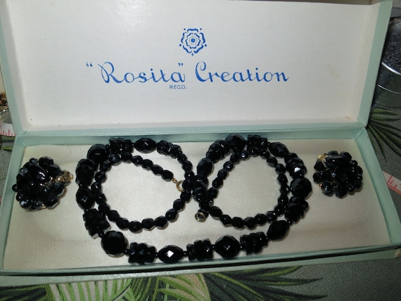 Wonderful set of Art Deco necklace faceted French Jet black glass beads 24 inches and clip on earrings