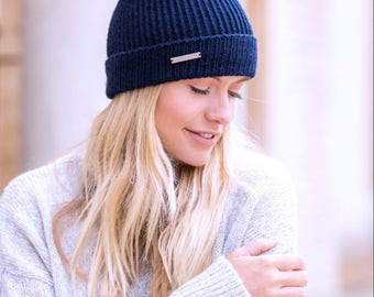 Ladies cashmere hat with faux fur Pom Pom