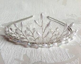 Pearl & Crystal Peak Tiara - Bridal Tiara - Handmade Wedding - Pearl Tiara