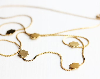 Delicate 5 Flowers Necklace