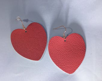 Puffy heart / coral