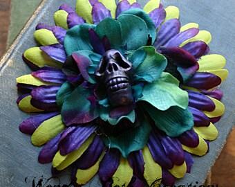 La Muerte Hair Clip Fascinator - Vegan, Hand Made Clay Skull, Purple, Lime Green, Daisy, Pin Up, Rockabilly