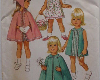 Simplicity 9239 Sewing Pattern - Toddler's Dress, Scarf and Reversible Cape - Size 3, Breast 22, Uncut