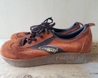 Vtg 70s COUGAR Platform Tie Sneaker Shoes Brown Suede & Gold - Excellent condition! Sz 6.5 M Ladies Runners Big Rubber Sole